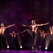 Шоу под дождем 4 «Только для женщин» 2019 фотографии