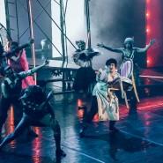 Балет «12 стульев» фотографии