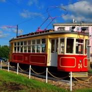 Памятник первому трамваю фотографии