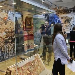 Выставка «Вдоль Волги и Каспия: наследие Шелкового пути»