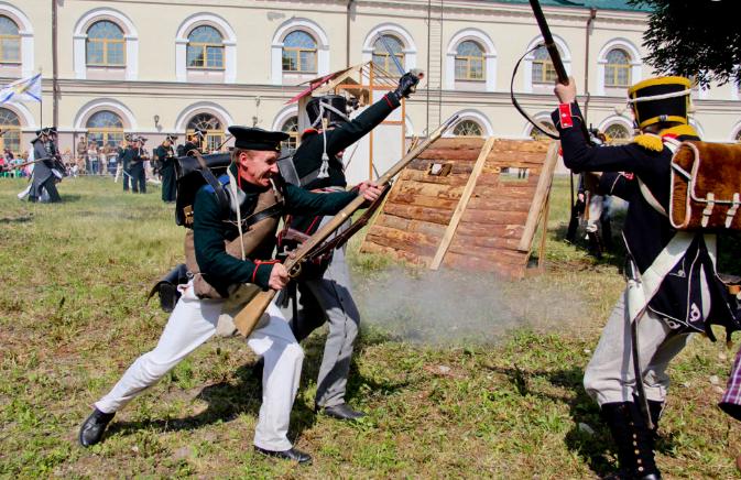 Фестиваль «Восток-запад: Отечественные войны России» 2017