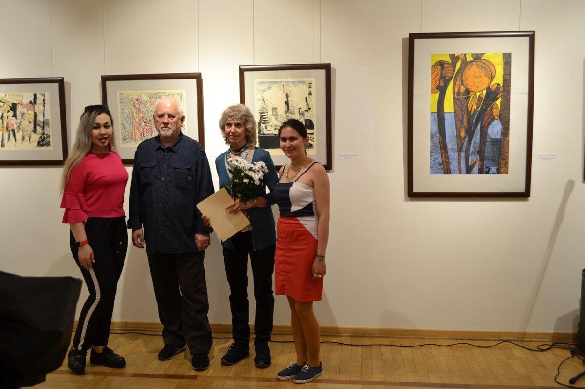 Выставка «Дары современных петербургских художников— ii. 15 лет спустя»