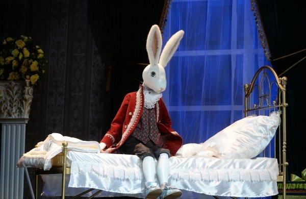 Спектакль «Удивительное путешествие кролика Эдварда» 2017