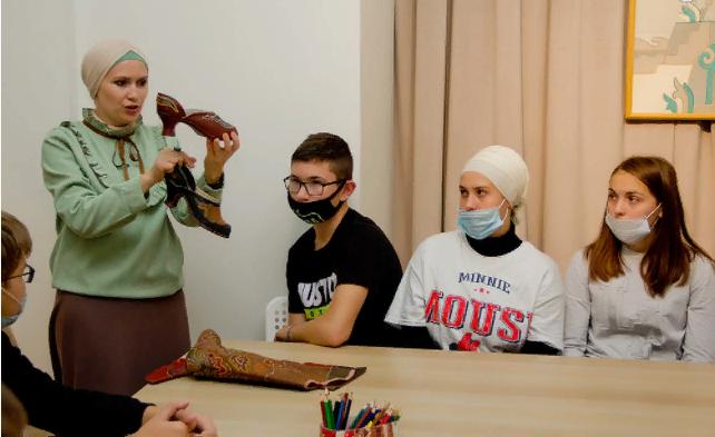 Культурно-образовательные программы навыставке «Татарская узорная кожа» 2021