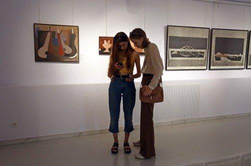 Выставка Евгения Голубцова «Песня для короля»
