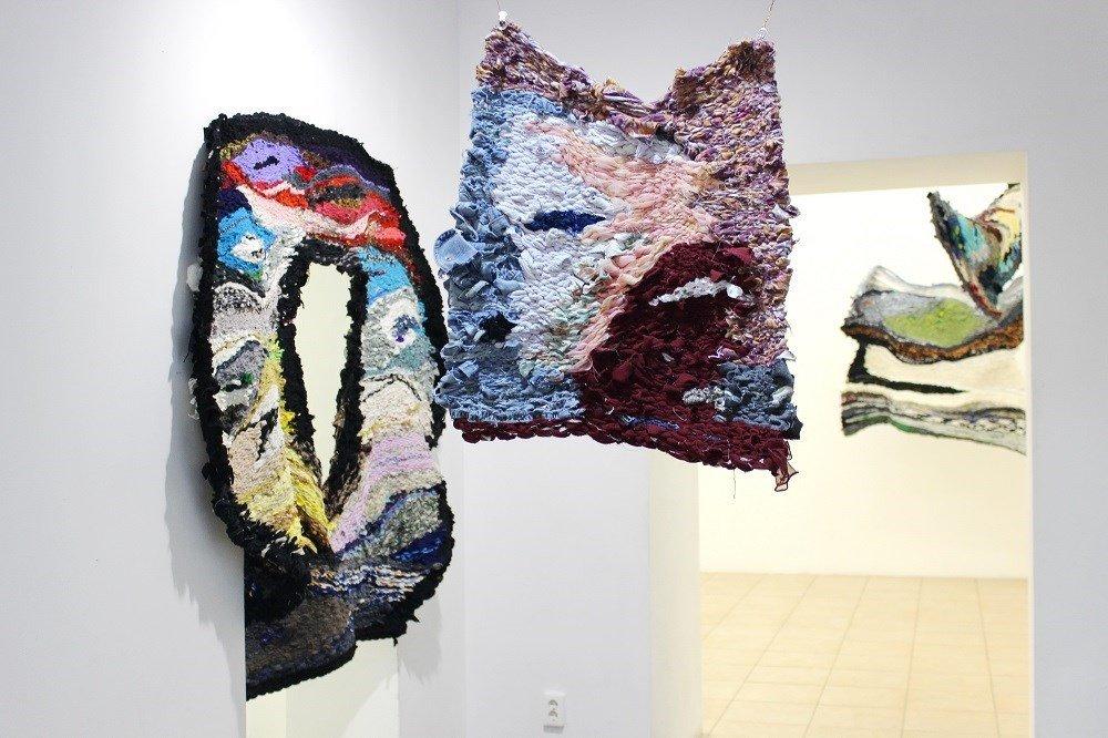 Выставка Евгении Ножкиной «Пряд/тки»