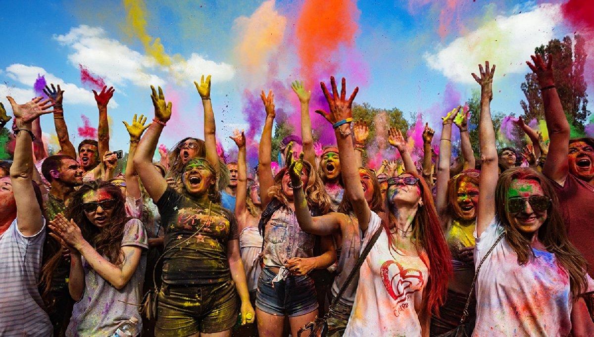 Фестиваль красок Colors 2019