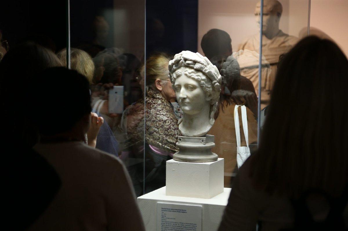 Выставка «Искусство портрета»