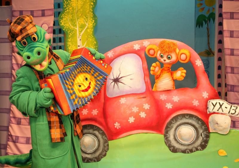 Кукольный спектакль «Приключения Чебурашки»
