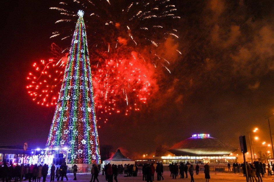 Открытие новогодних городков 2017