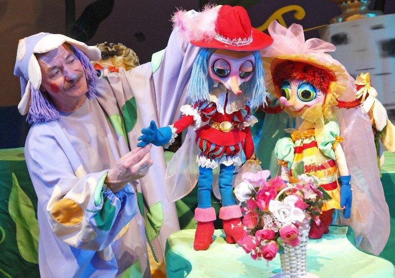 Кукольный спектакль «Муха-цокотуха»