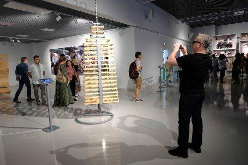 Выставка AES+F «Inverso Mundus»