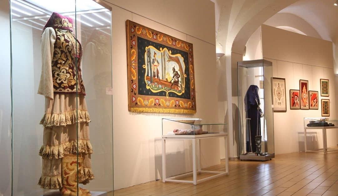 Выставка «Татарская узорная кожа: ремесло, традиция, искусство»