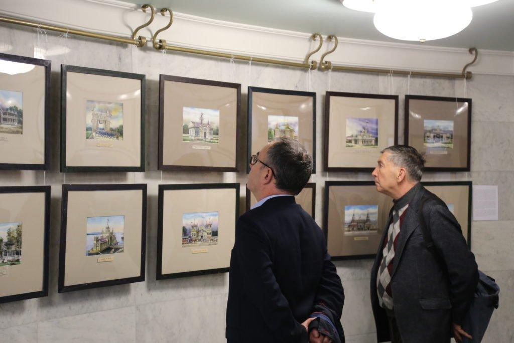Выставка «Краски памяти. Деревянная Казань вакварелях архитектора Равиля Айдарова»